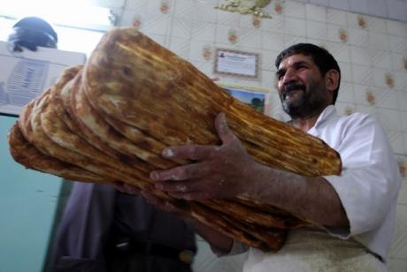 تقلای دولت روحانی برای آزاد سازی کامل قیمت نان